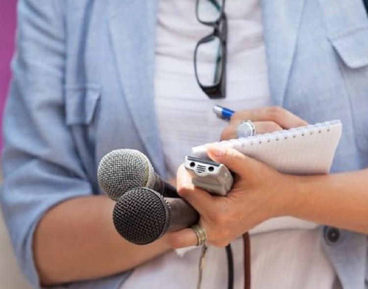 Le journaliste au temps du confinement: entre devoir d'informer et droit à la sécurité