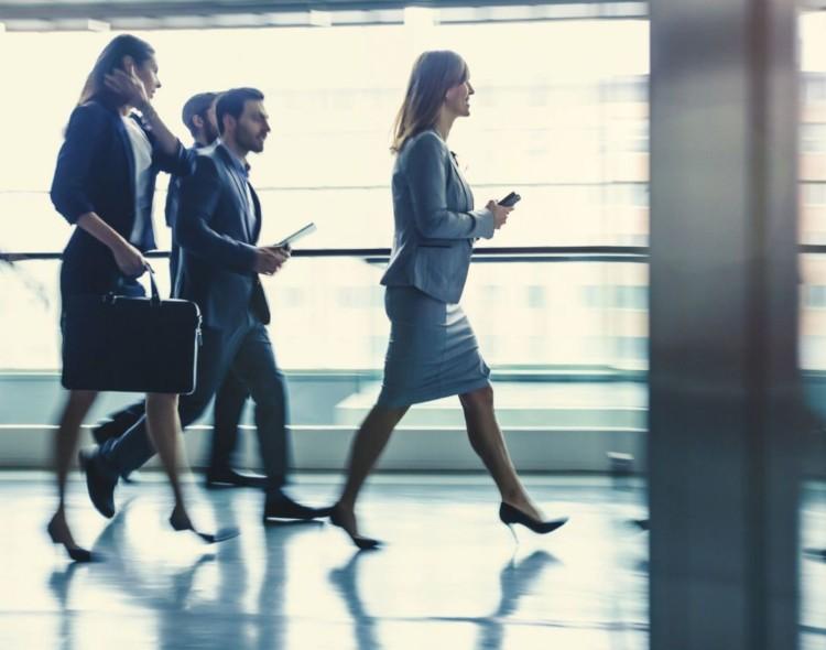 Table ronde sur l'accès de la femme aux postes de direction